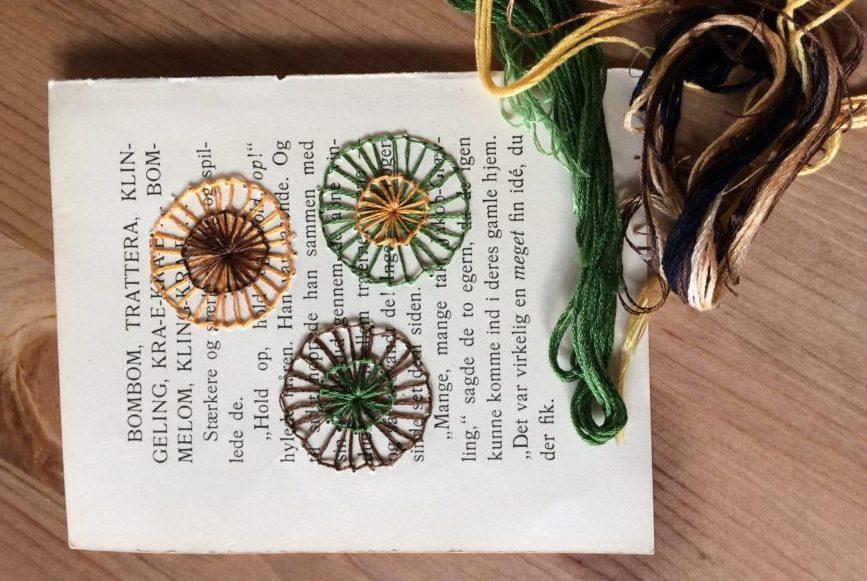 Cirkel broderier i brune farver